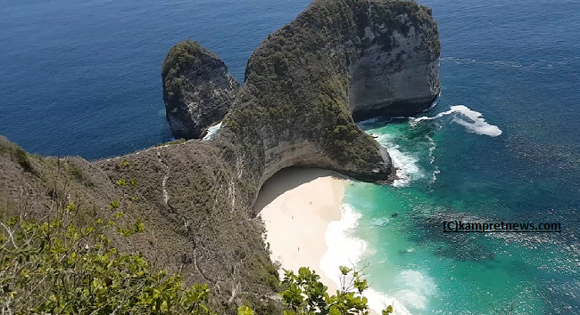 Kelingking Beach and Diamond Beach Nusa Penida Bali, How to Get There?